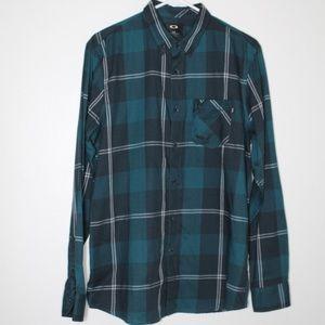 ☀️ Oakley Plaid Casual Button Down Shirt